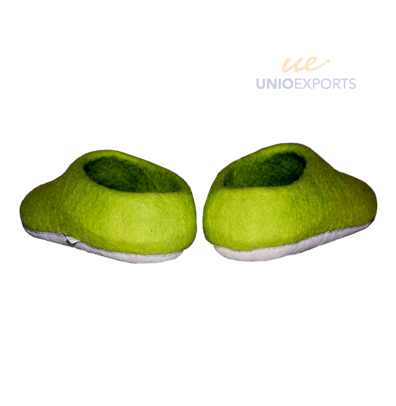 Felt green slippers